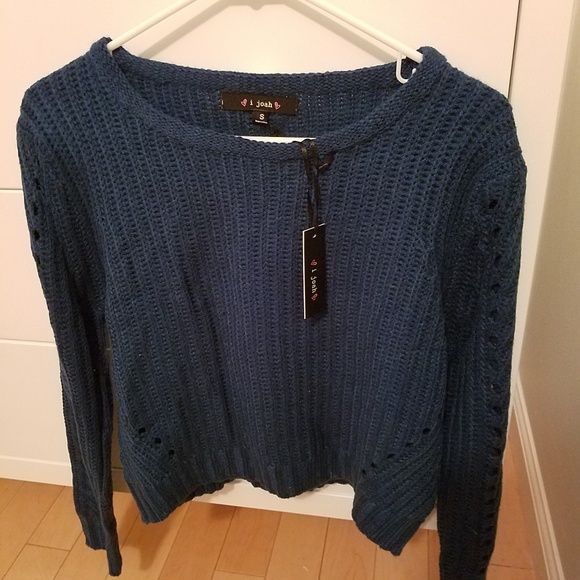 Urban Outfitters Sweaters - NWT Urban Outfitters i joah blue shaker sweater